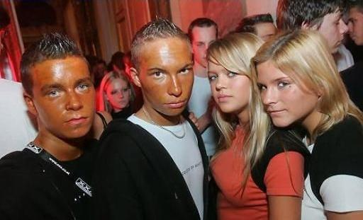 crazy-terrible-spray-on-tan-awful-fashion1